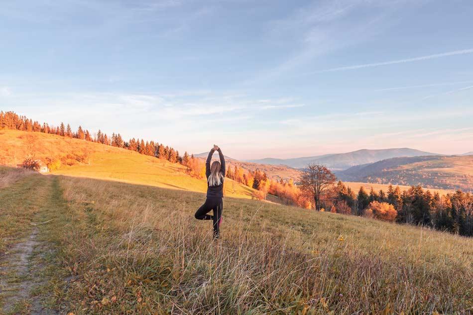 stage yoga marche et randonnée dans les pyrenees, entre Toulouse et Perpignan